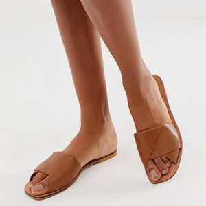 Tan leather sandals - never worn!